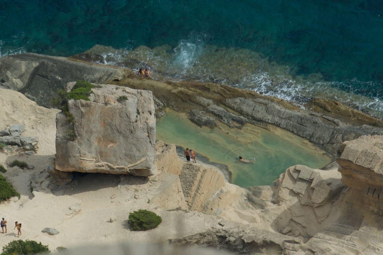 Atlantis, la cala no tan oculta de Ibiza ¿Cómo llegar